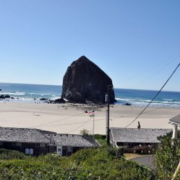 Cannon Beach, Haystack Rock, Oregon
