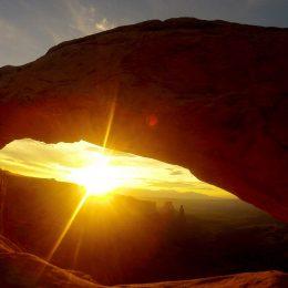Sonnenaufgang beim Mesa Arch