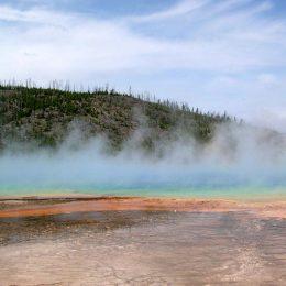 Dampfende Quellen im Yellowstone Park