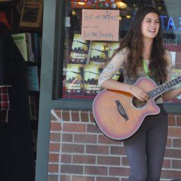 Musikerin beim Pike Place Market