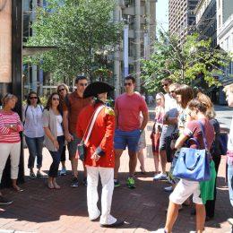 Bostons Geschichte wird den Besuchern erklärt