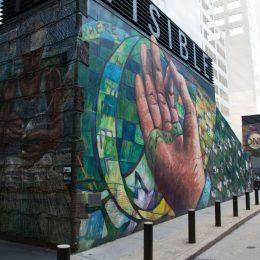 Wandgemälde auf der Mural Mile