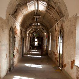 Die alten Gänge des Eastern State Gefängnisses
