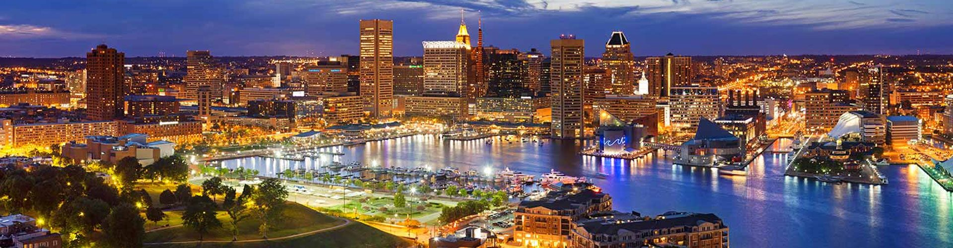 Baltimore Waterfront bei Nacht