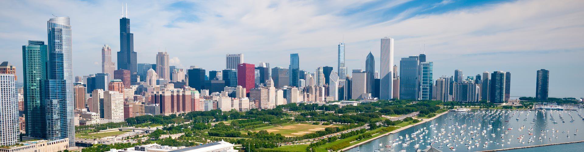 Die Skyline von Chicago am Lake Michigan
