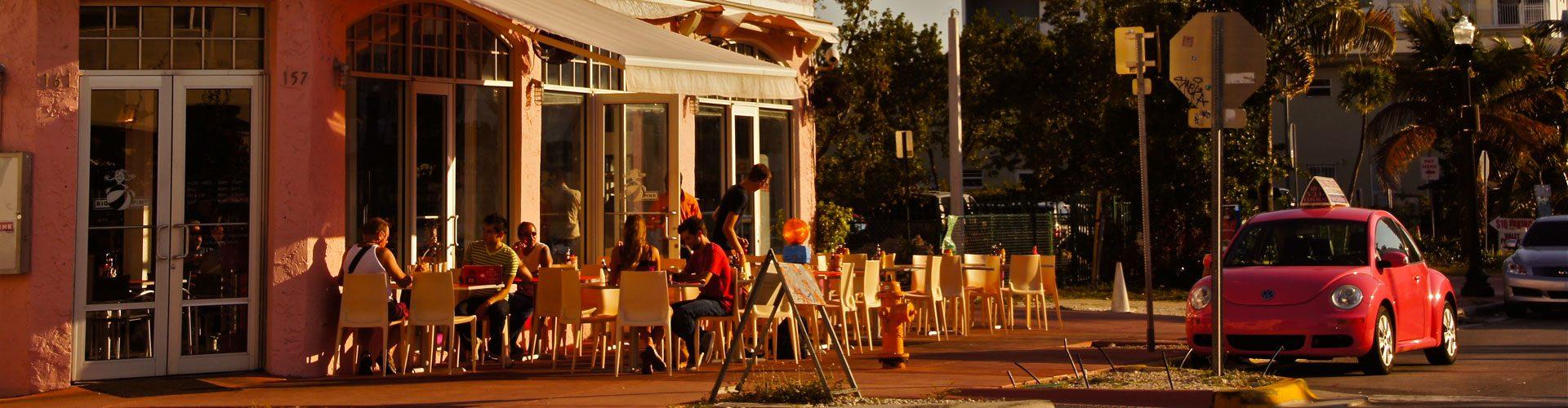 Kurzer Halt im Restaurant in Miami, Florida