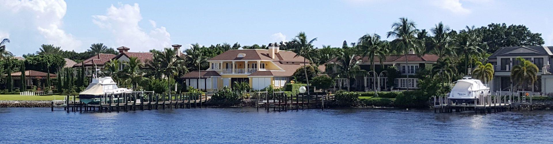 Naples Bay, Florida