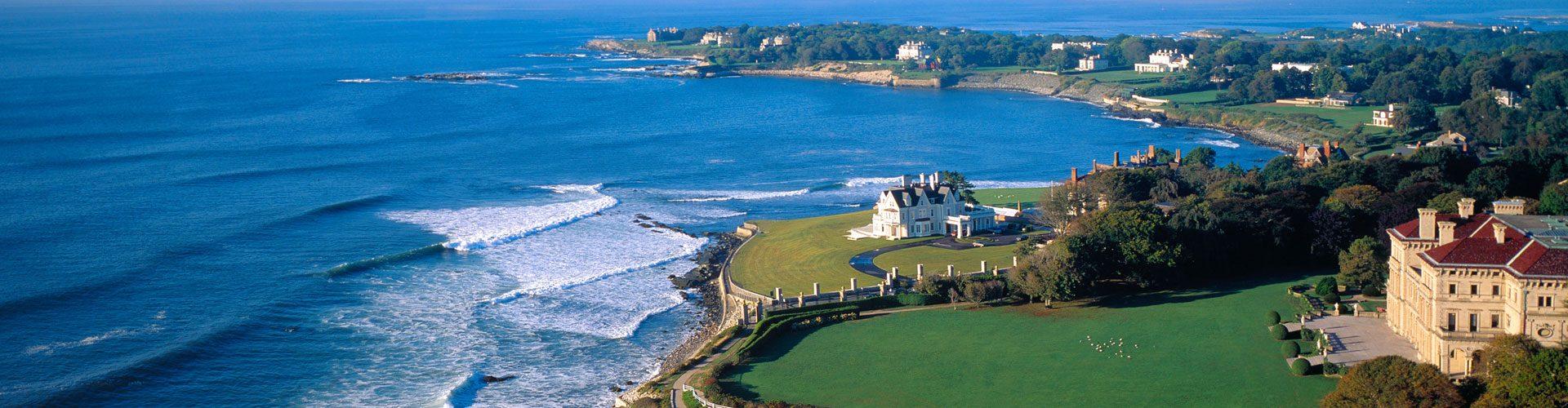 Küste mit Herrenhäusern, Newport, Rhode Island