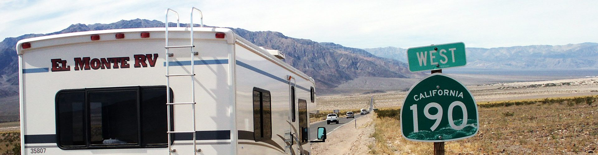 Unterwegs mit dem El Monte Camper im Death Valley